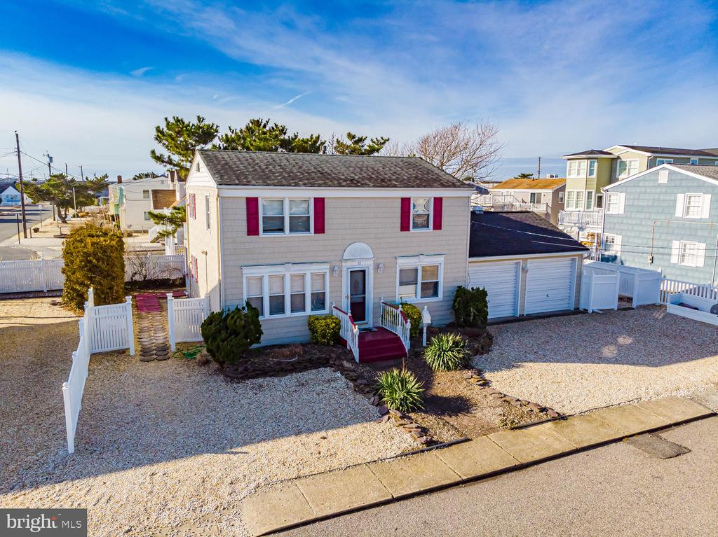 One of Long Beach Island 4 Bedroom Homes for Sale at 10  MARSHALL AVENUE