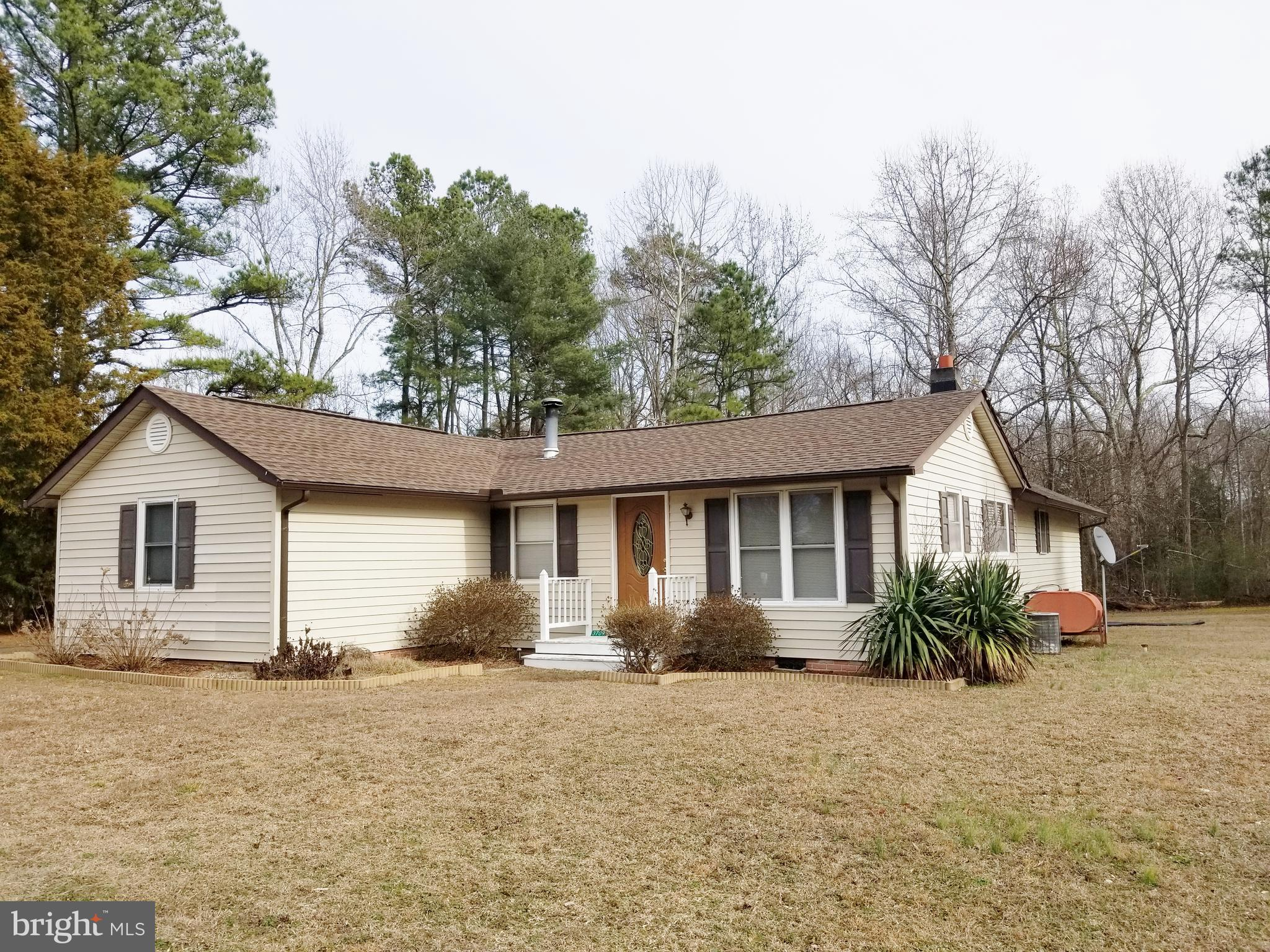3709 MERRY POINT RD, LANCASTER, VA 22503