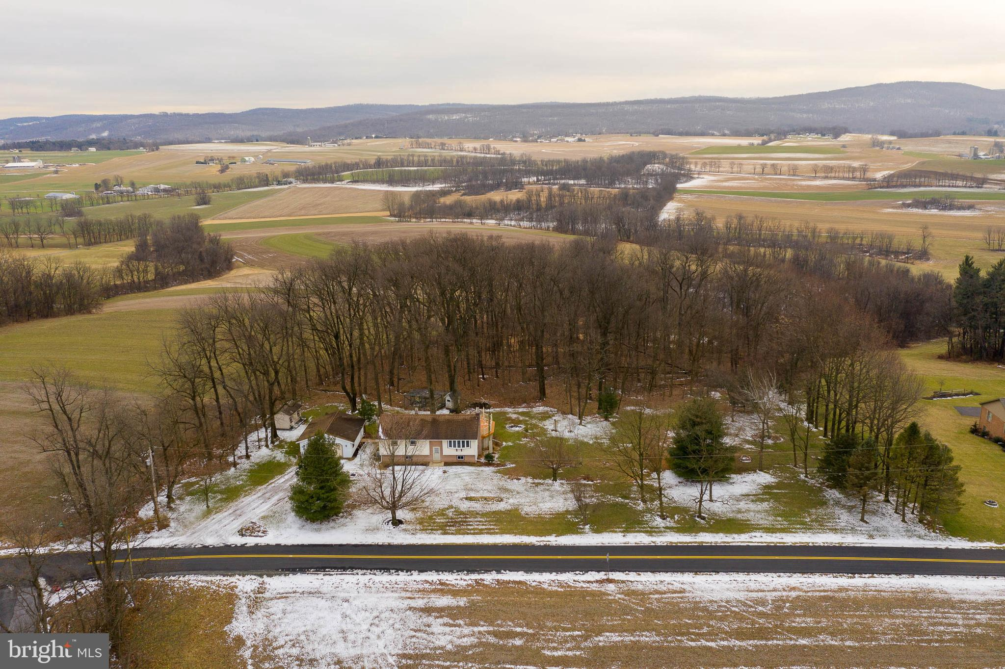 172 SNYDER DRIVE, ROBESONIA, PA 19551