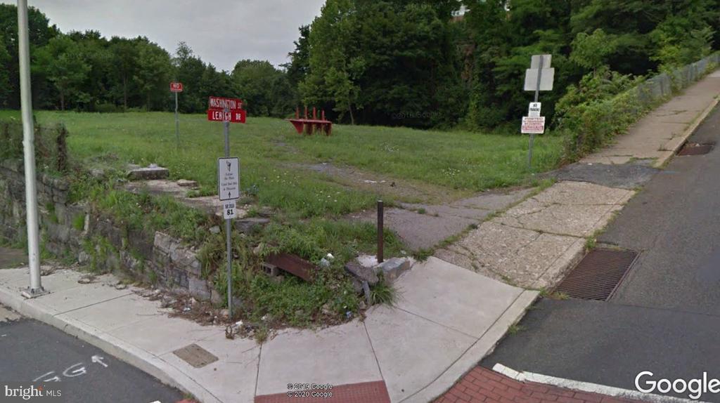 Washington St + Lehigh Drive, Easton, PA 18042
