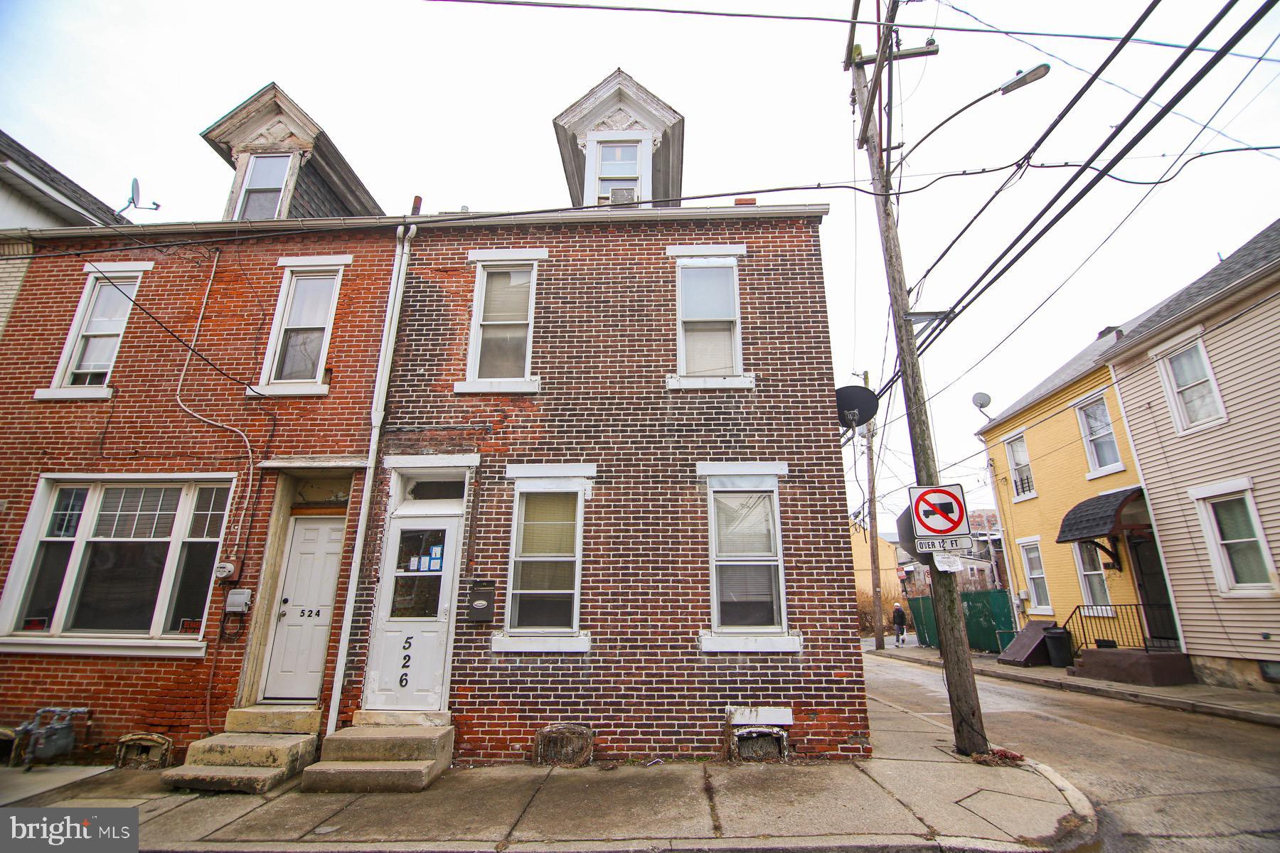 526 OAK STREET, ALLENTOWN, PA 18102