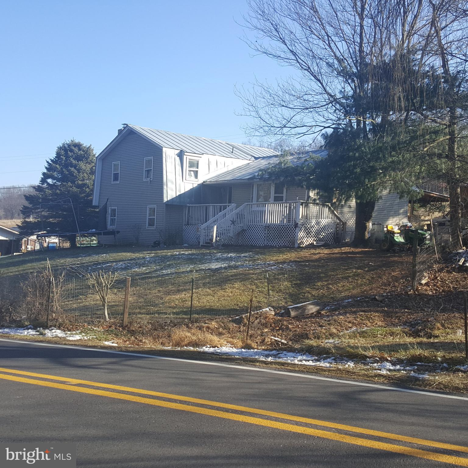 7687 FORD HILL ROAD, DELRAY, WV 26714
