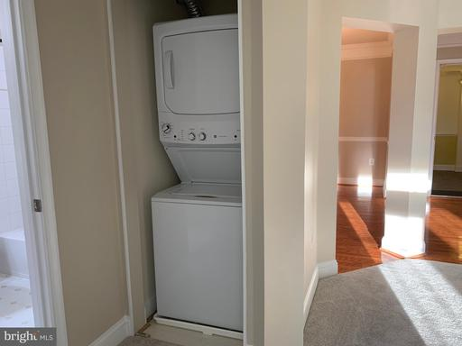 2907 Saintsbury Plz #306, Fairfax 22031
