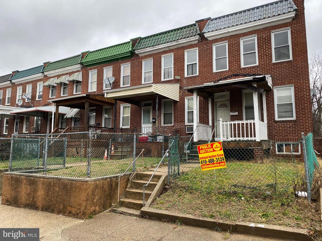 PUBLIC ONSITE AUCTION: Wed. 2/26/20 @ 11:00 am. List Price is Suggested Opening Bid.2 story townhouse in the Pimlico Good Neightbors area. Property is Vacant.10% Buyer's Premium or $1,000 whichever is greater. Deposit $5,000.2.5% Broker Co-Op. Agents Register Your Clients.For full Terms and Conditions visit the auctioneer's website.