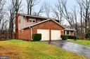 6113 Lorcom Ct