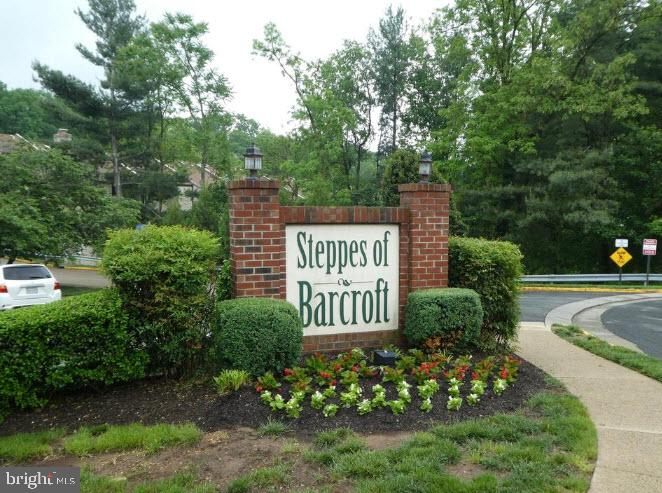 3885-A Steppes Ct, Falls Church, VA 22041