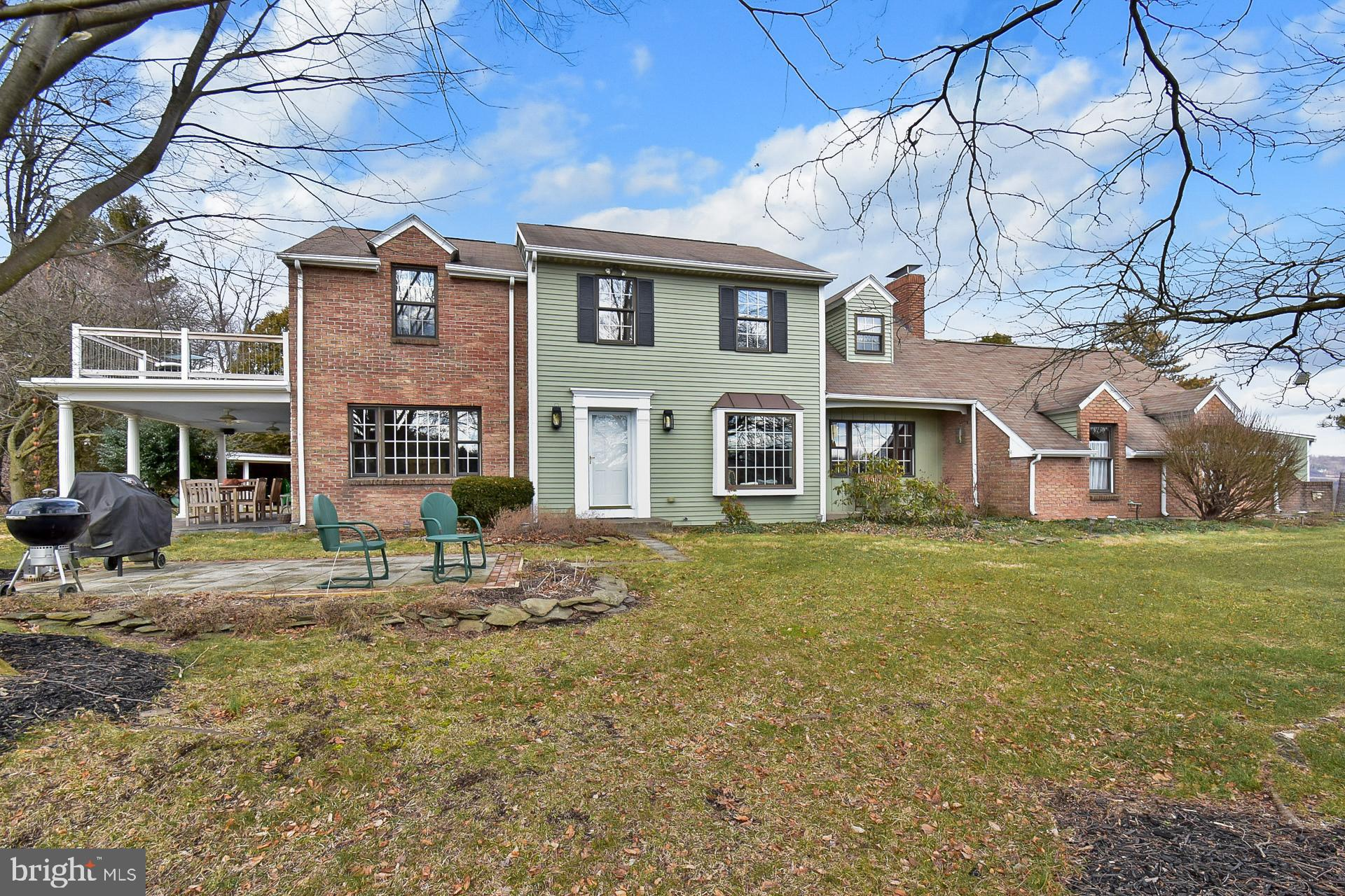 8336 HOLBENS VALLEY ROAD, NEW TRIPOLI, PA 18066
