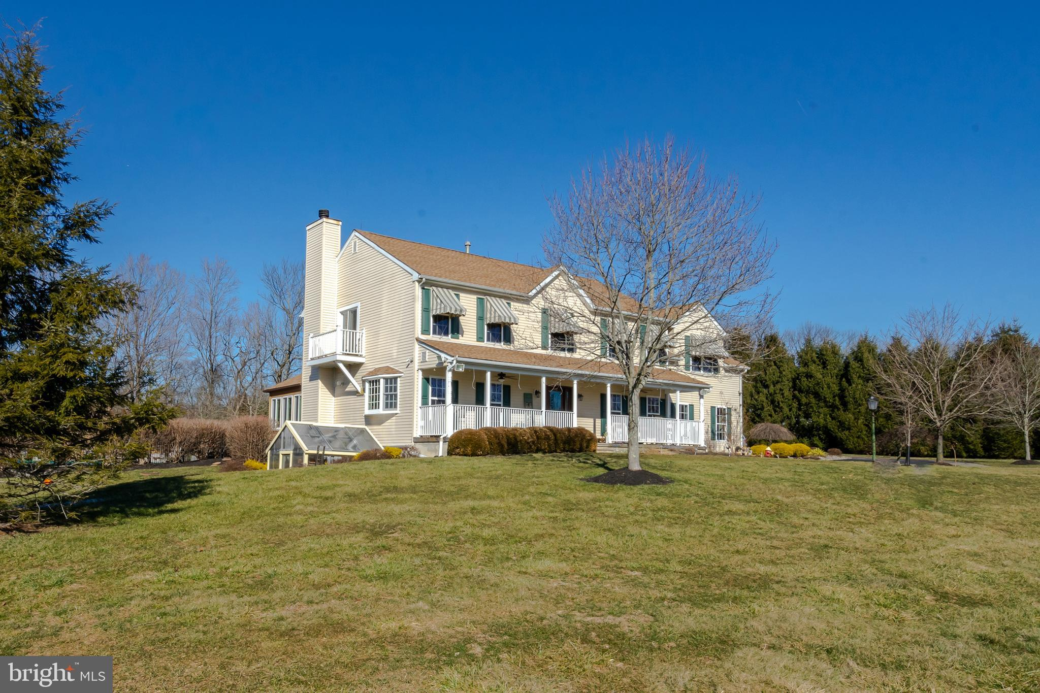 10 HARVEST HILL DRIVE, STOCKTON, NJ 08559