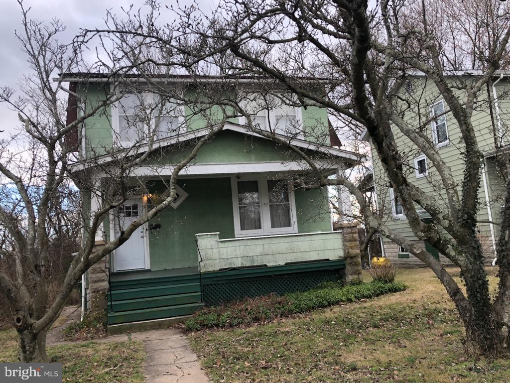 To be offered by public auction March 7at 11 am. List price is suggested open bid. 4BR/1.5BA SFH in Mid-Govans w/ hardwood floors, gas radiator heat, large front porch, attached shed, & unfinished basement. Well maintained, needs updating. Pre-auction offers considered. Open 1 hour prior to auction