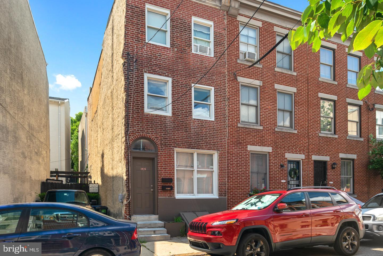 1026 S Randolph Street UNIT 2 Philadelphia, PA 19147