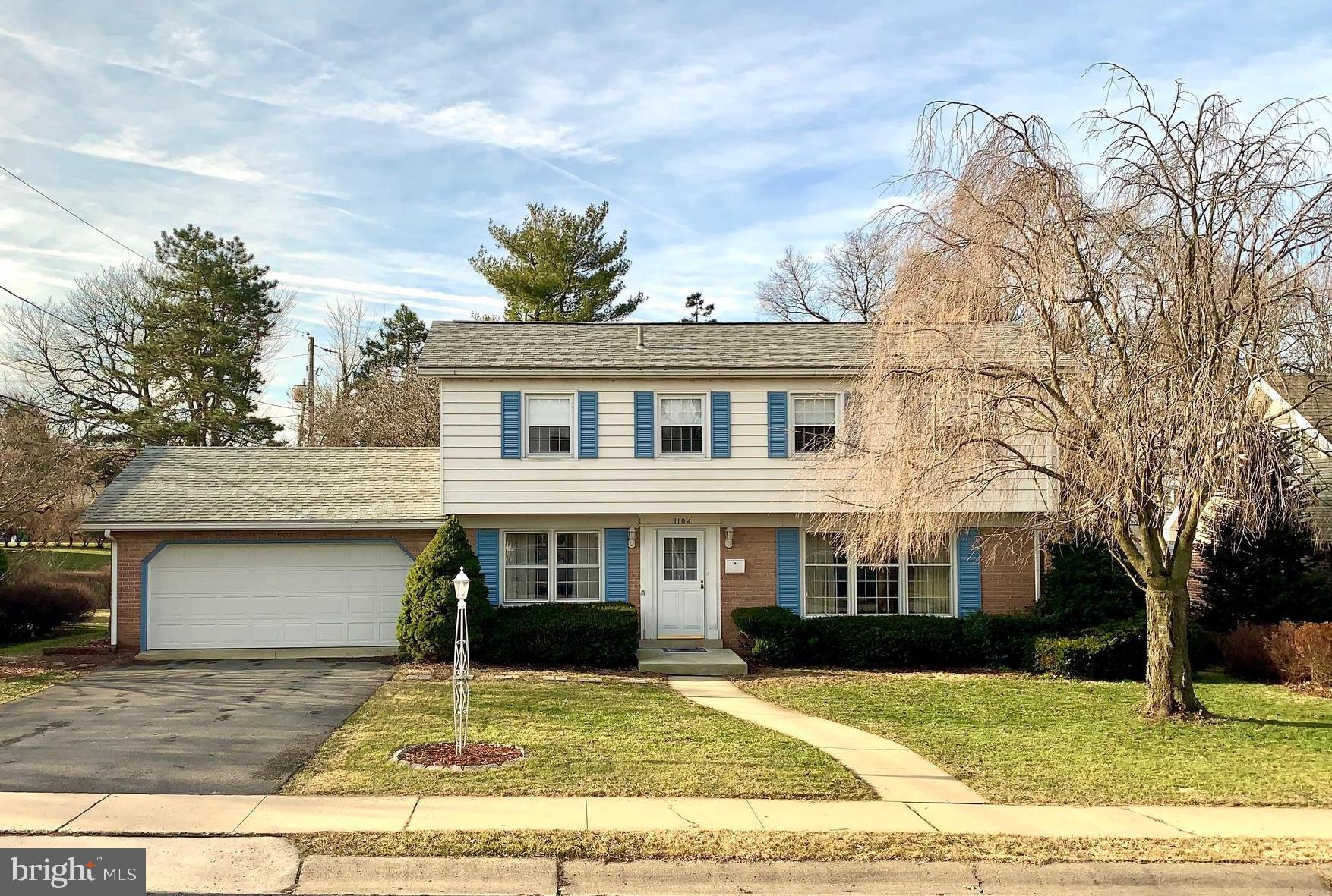 1104 INDEPENDENCE DRIVE, READING, PA 19609