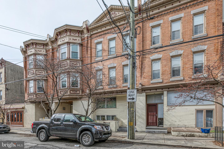 770 S 3rd Street UNIT E Philadelphia, PA 19147
