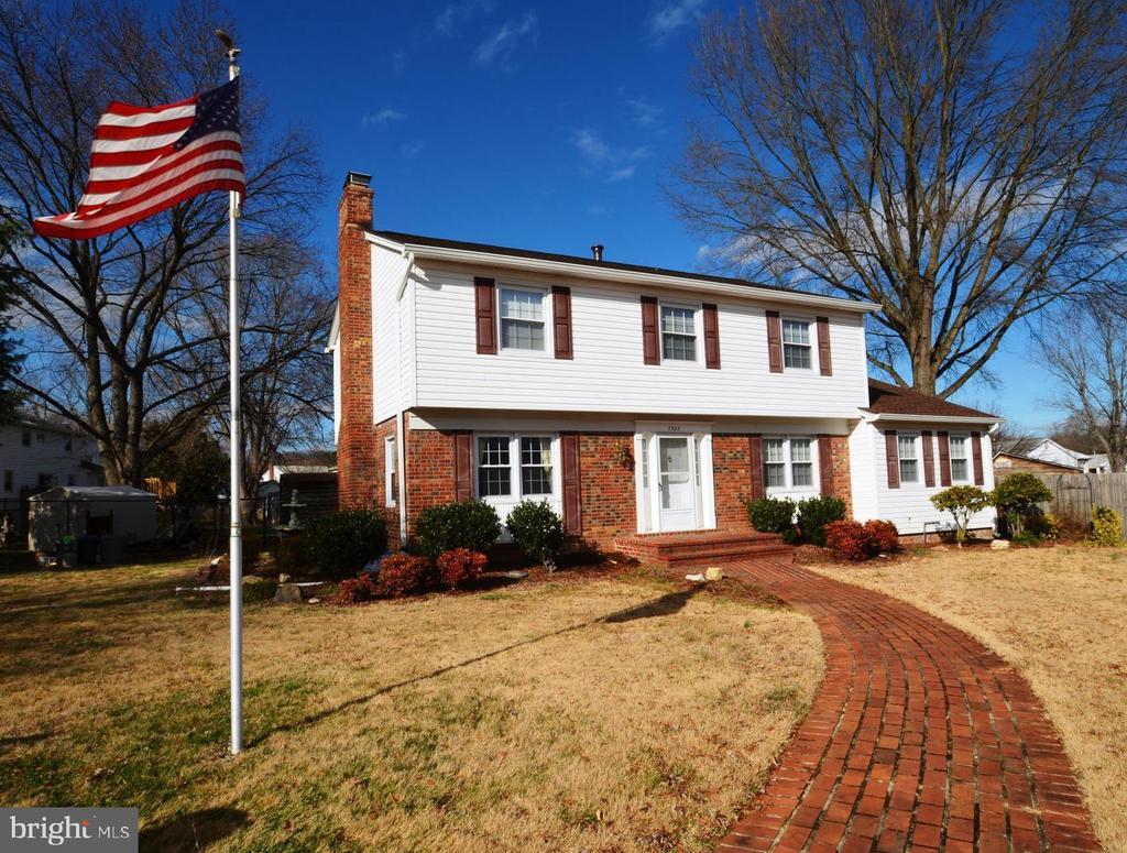7802  STRATHDON COURT, Alexandria, Virginia