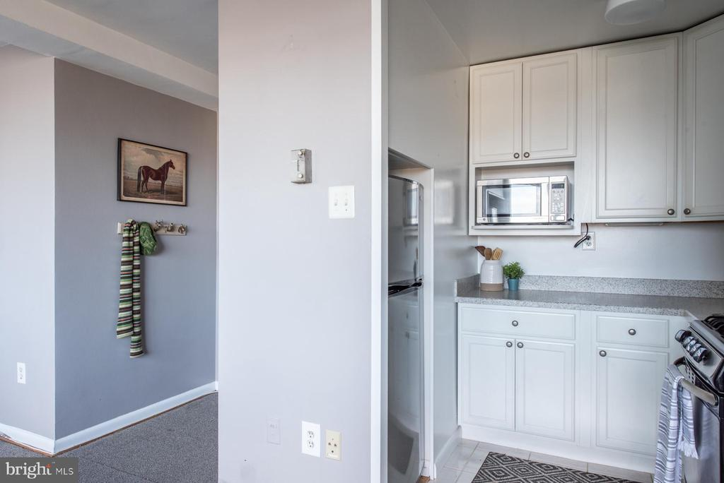 Photo of 6641 Wakefield Dr #501