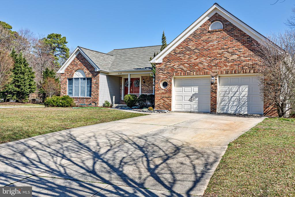 8148 QUARTERFIELD FARMS DRIVE, SEVERN, Maryland 21144, 3 Bedrooms Bedrooms, ,3 BathroomsBathrooms,Residential,For Sale,QUARTERFIELD FARMS,1,MDAA423724