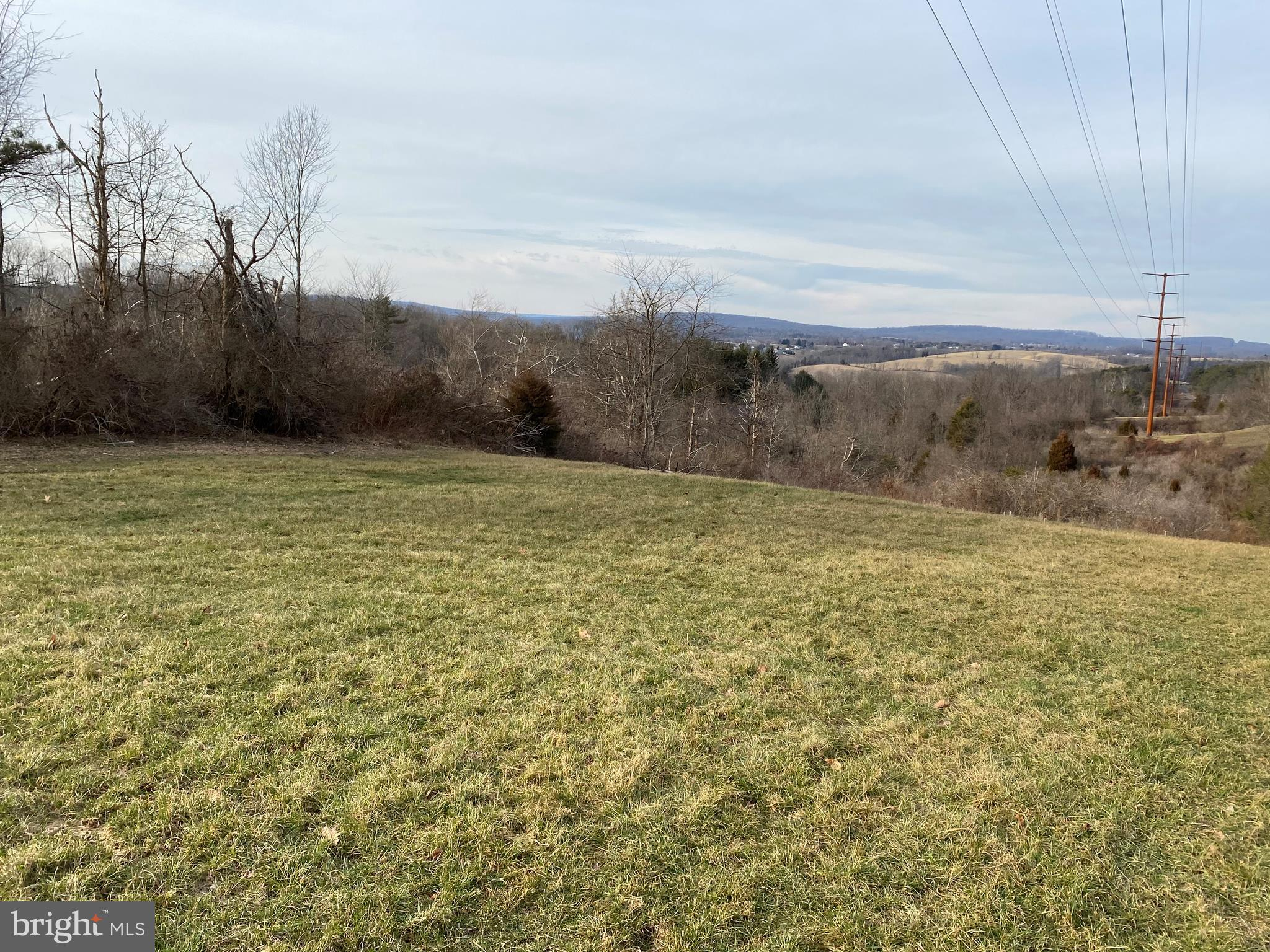 83 OLD STATE ROAD, SHERMANS DALE, PA 17090