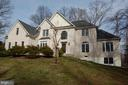 9946 Vale Rd