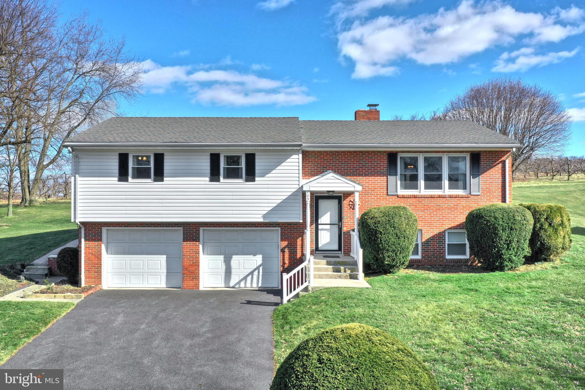 109 ORCHARD VIEW DRIVE, BENDERSVILLE, PA 17306