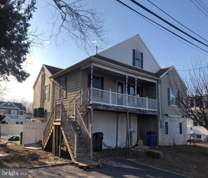 7 Plymouth Avenue, Port Monmouth, NJ 07758