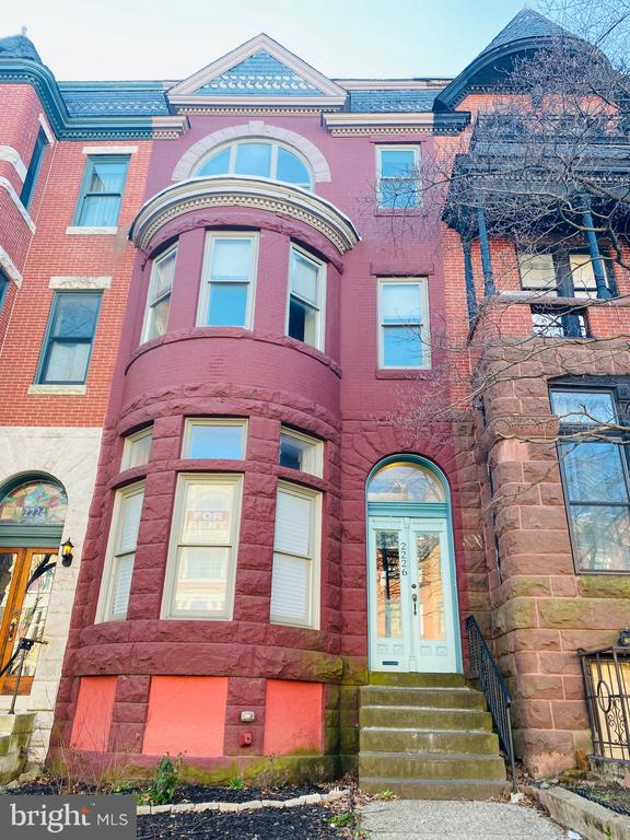 Beautiful well kept brownstone in Reservoir Hill! This 2 bedroom, 1 Bath second floor unit is available now! Spacious kitchen/living combo, with a private deck. Hardwood floors, Central Air/Heating, recessed lighting and lots of natural light coming from every window. Unit has its own washer and dryer and located in one of the most beautiful streets of Reservoir Hill! Prime location and minutes from downtown and I-83 North and South. Schedule a showing today!