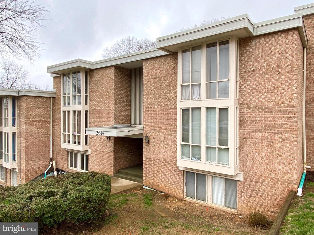 2614 Fort Farnsworth Rd #253, Alexandria, VA 22303