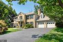 11782 Hollyview Dr