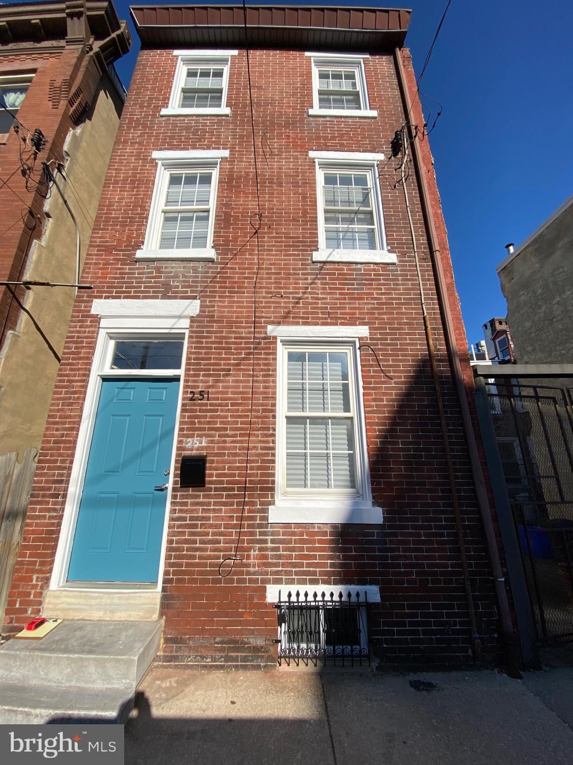 251 E Thompson Street, Philadelphia, PA 19125