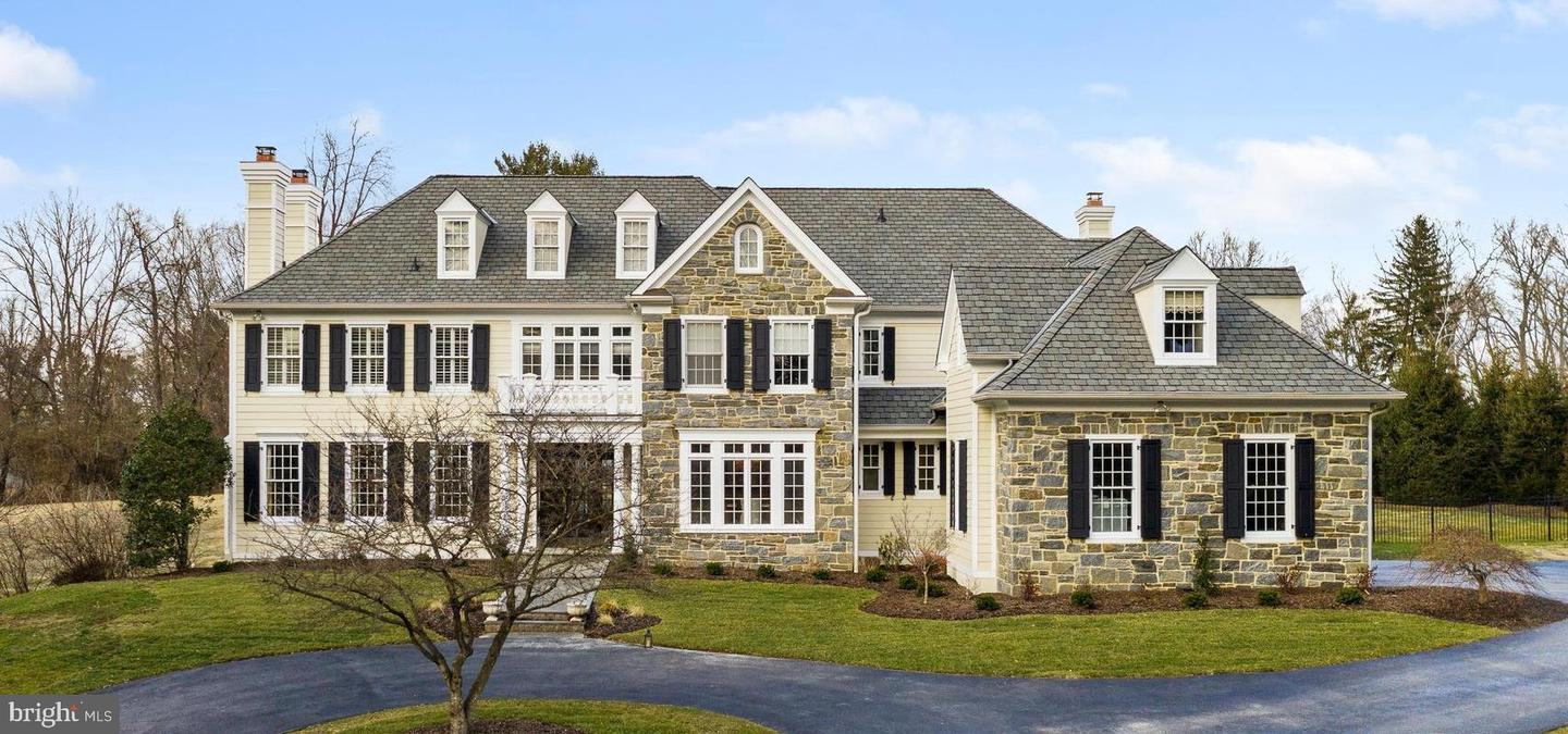 9 Plymouth Road Newtown Square, PA 19073
