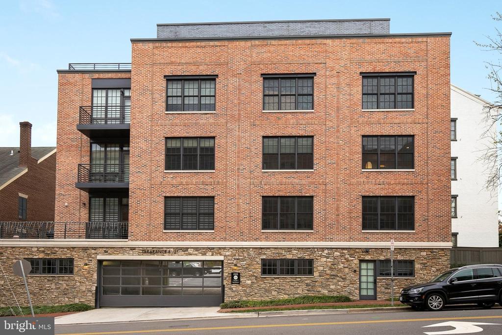 521 N WASHINGTON STREET  201, Alexandria, Virginia