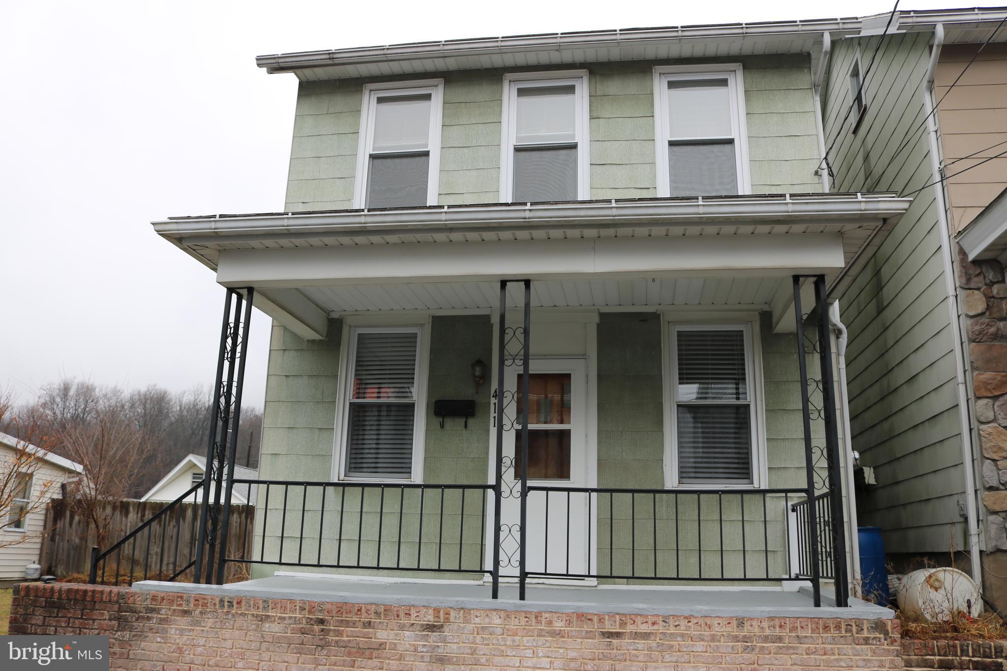 411 ELIZABETH STREET, WILLIAMSTOWN, PA 17098