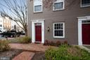 1300 Roundhouse Ln #43