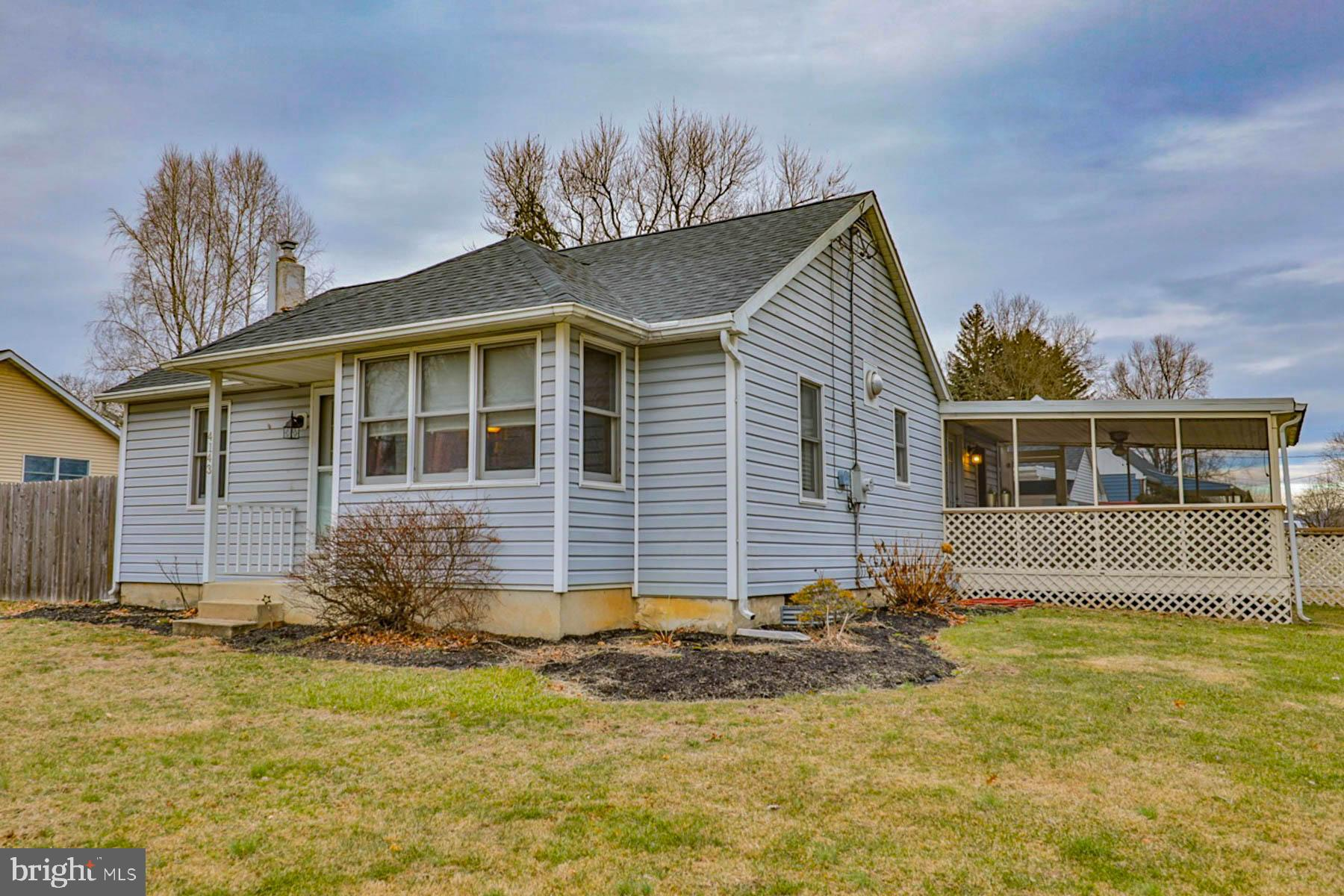 4143 CHESTNUT DRIVE, CENTER VALLEY, PA 18034