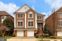 2215 Harithy Dr