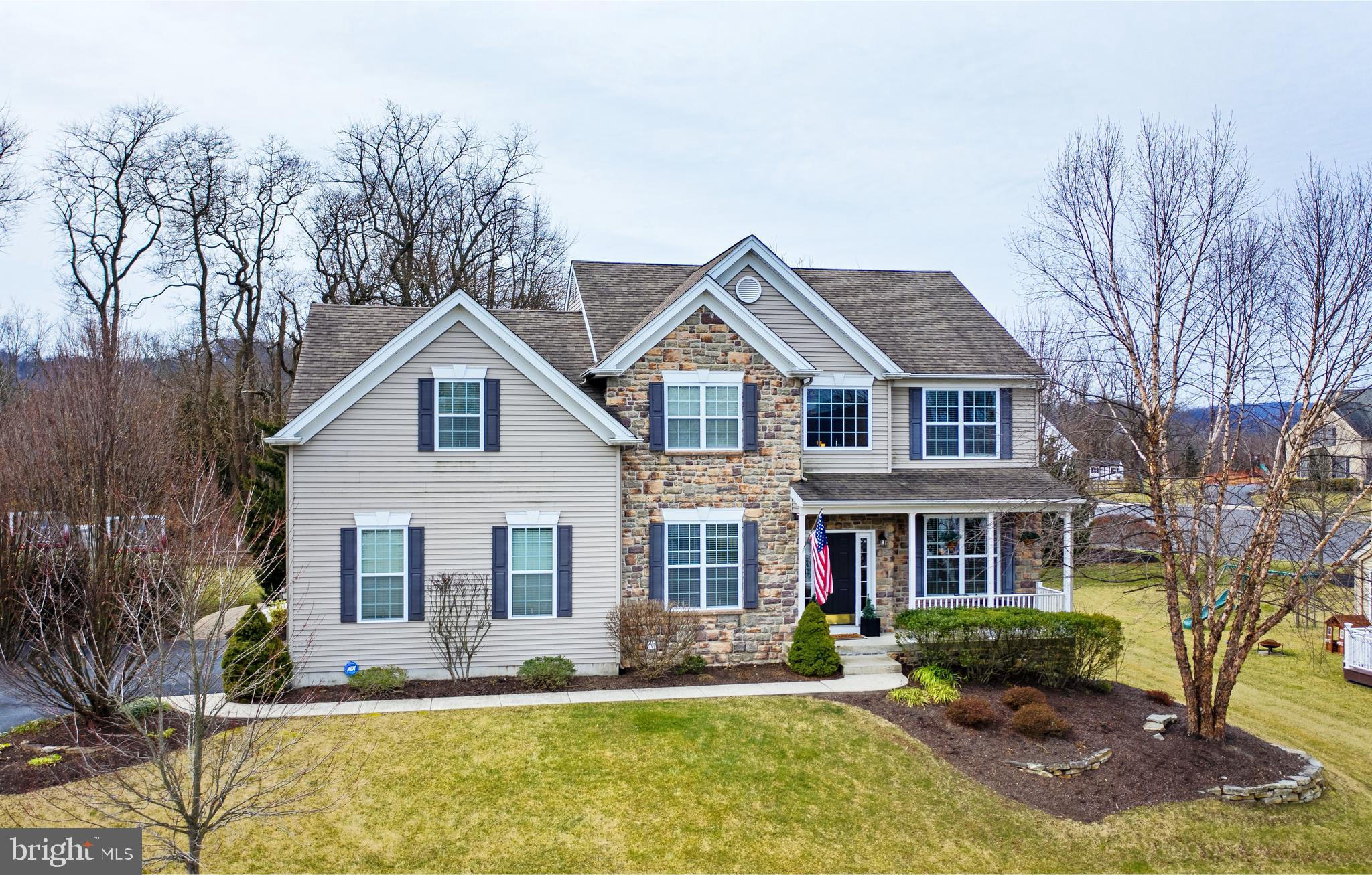 4640 ROLLING RIDGE DRIVE, CENTER VALLEY, PA 18034