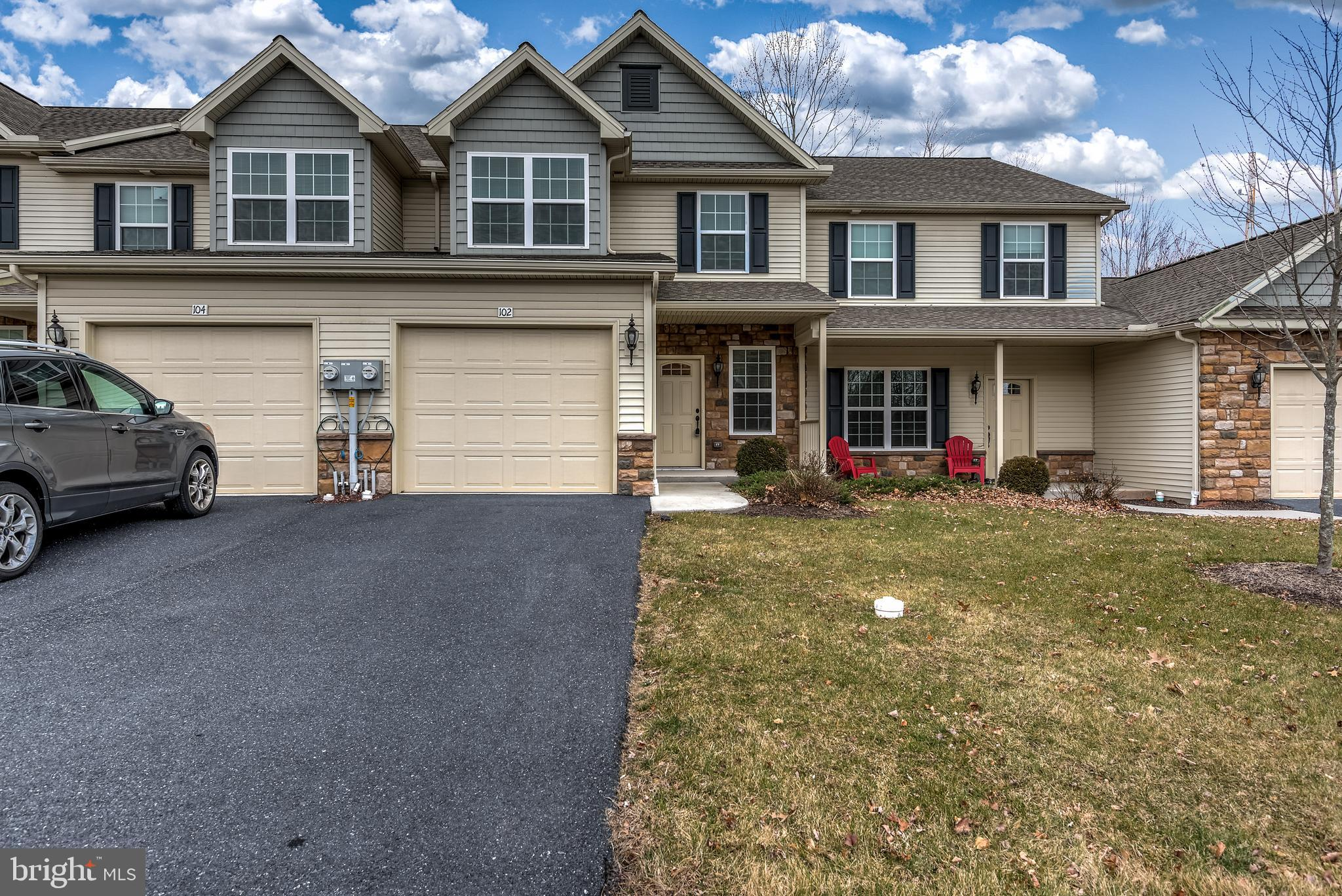 102 SCULLY PLACE, LEWISBERRY, PA 17339