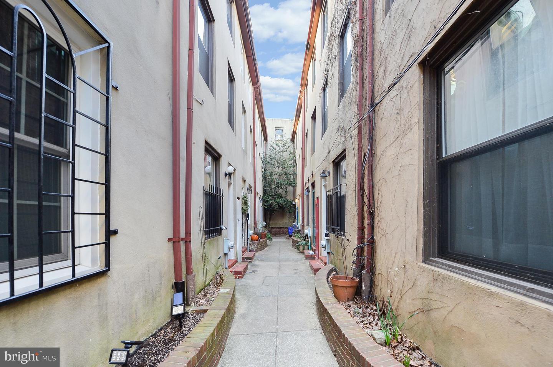 802 S 6th Street UNIT #7 Philadelphia , PA 19147