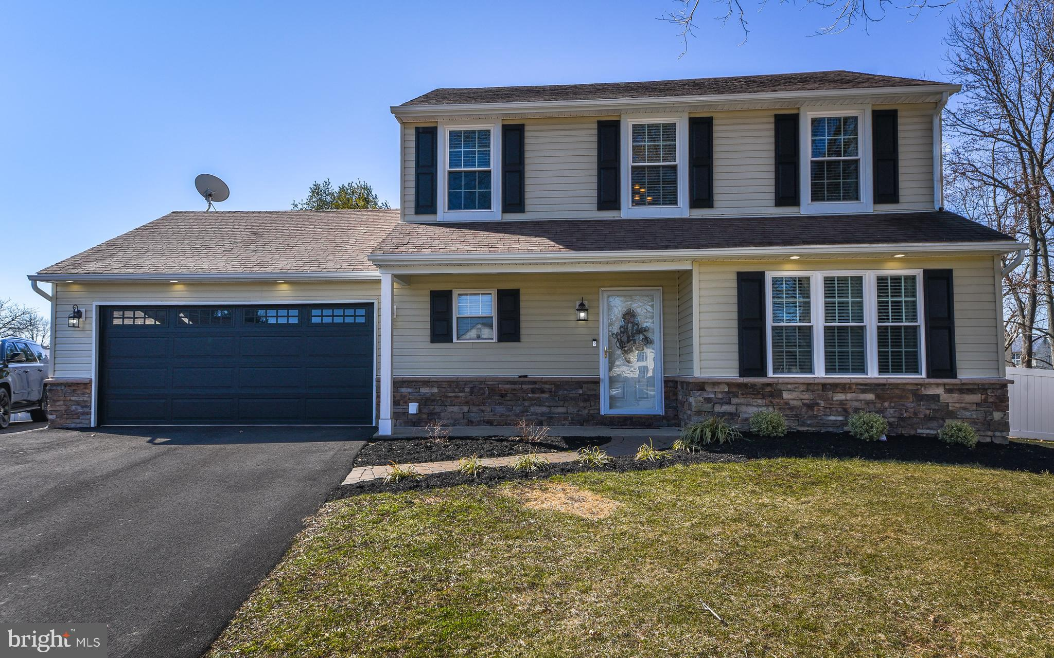 602 HARTFORD PLACE, FAIRLESS HILLS, PA 19030