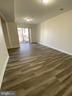 8005 Coachcrest Ct