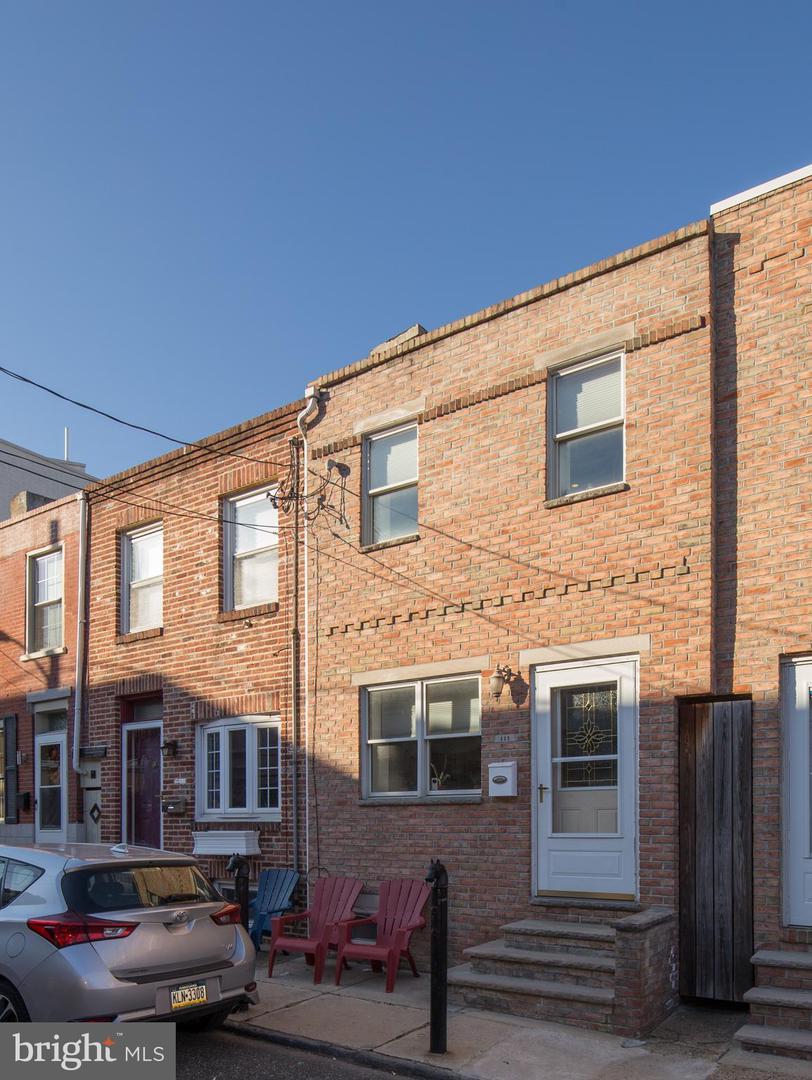 111 Mountain Street Philadelphia, PA 19148