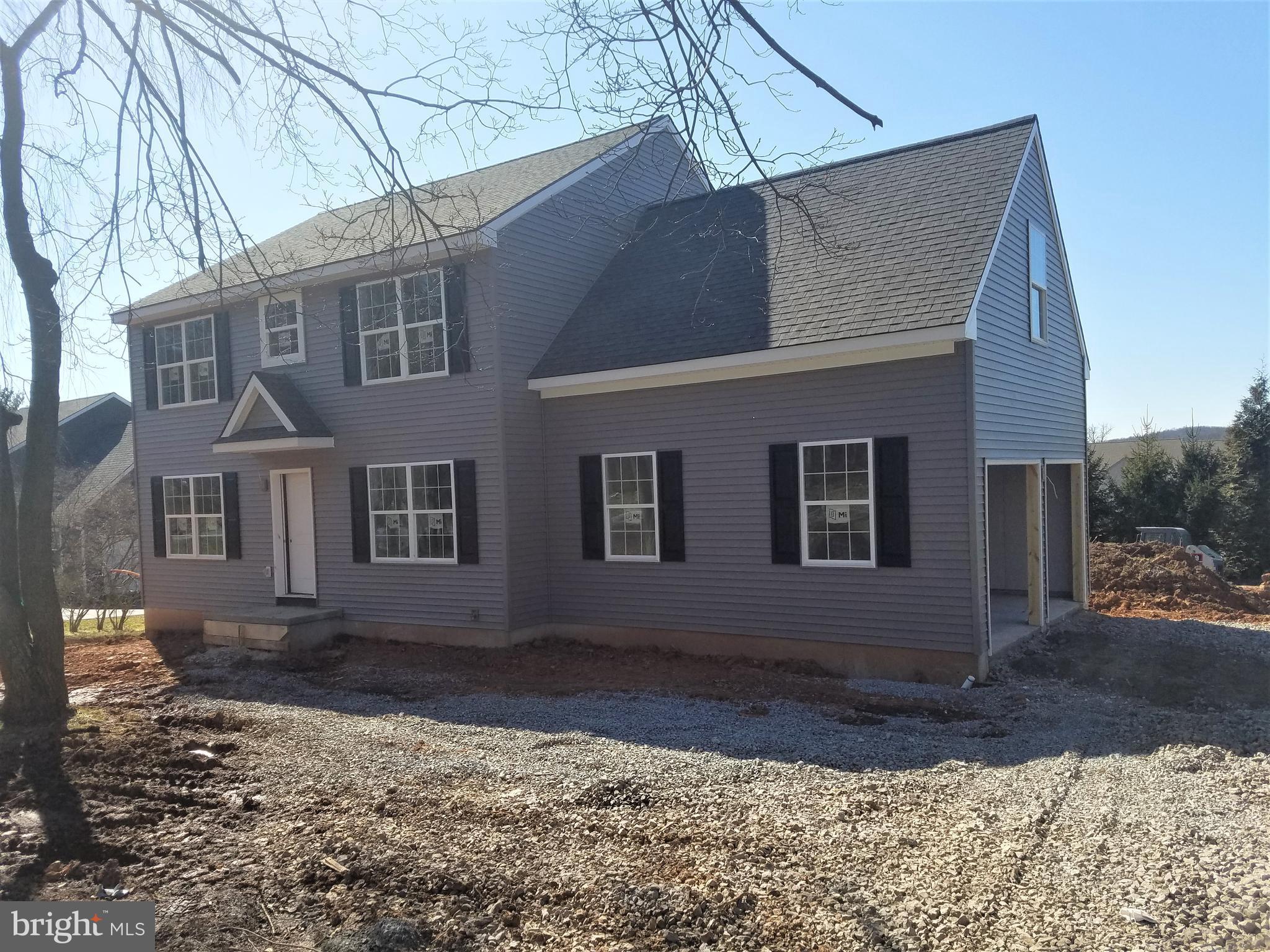 346 W Swartzville Road, Reinholds, PA 17569
