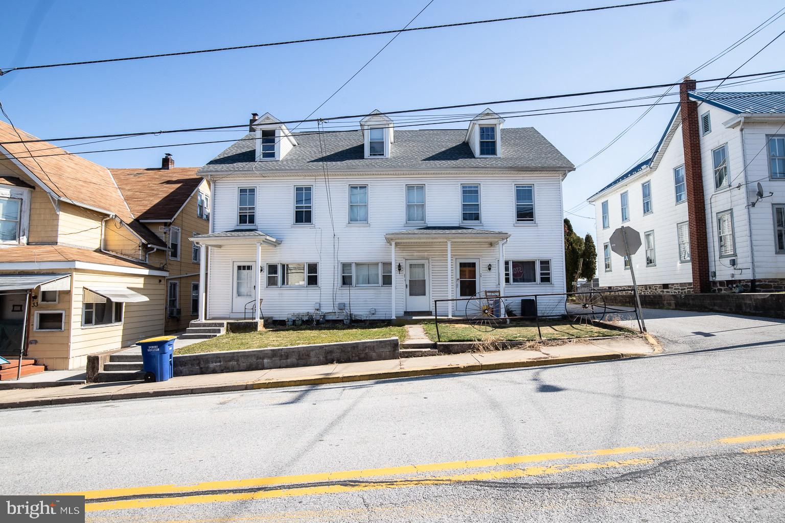 35 S FRONT STREET, YORK HAVEN, PA 17370