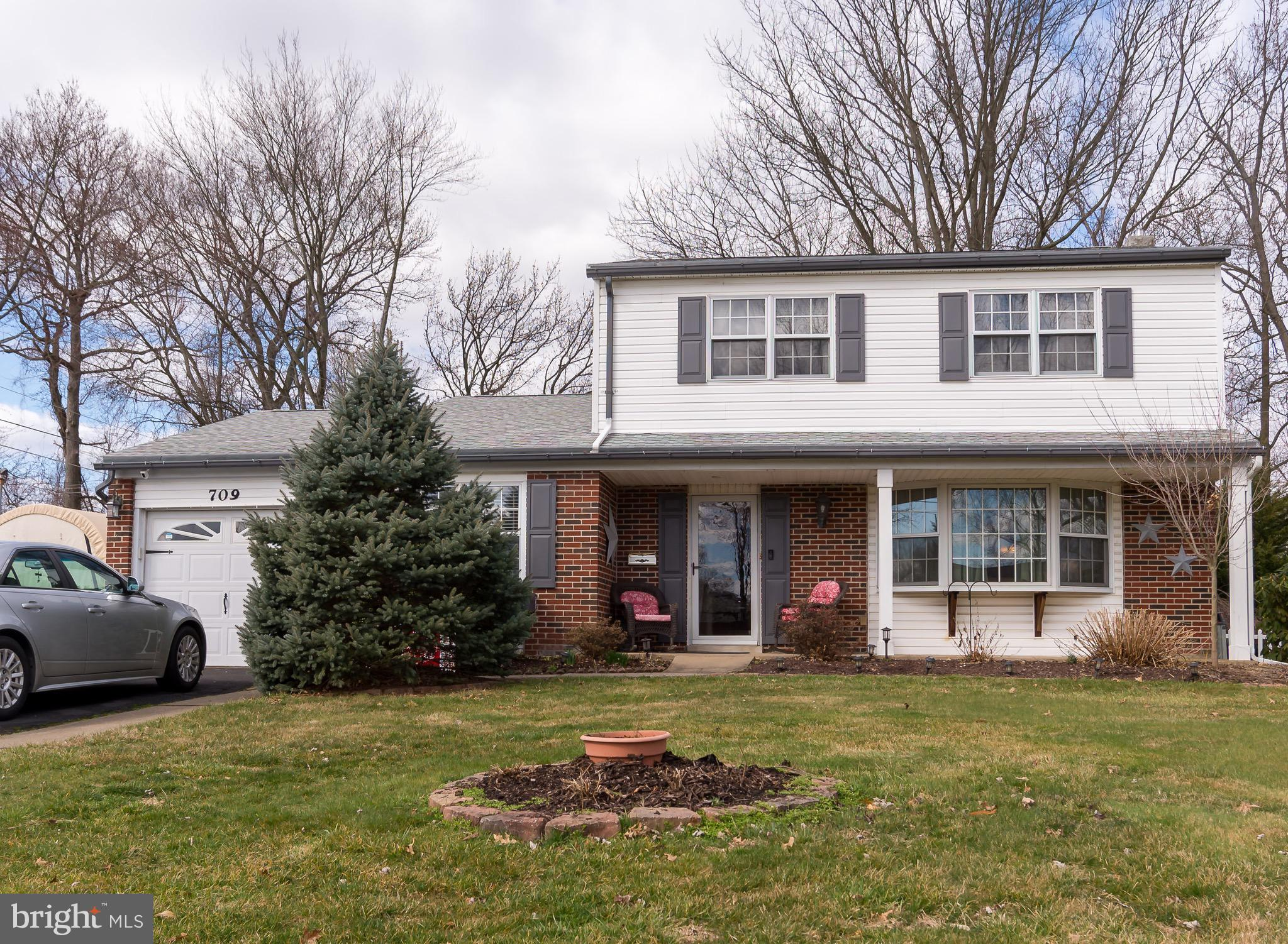 709 S OLDS BOULEVARD, FAIRLESS HILLS, PA 19030