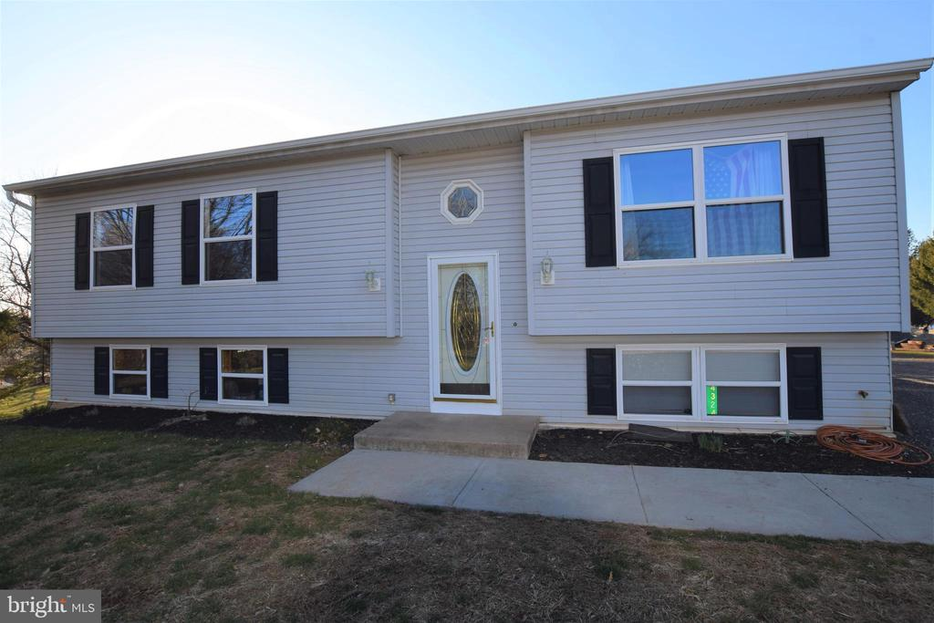 4324 LINEBORO ROAD, MANCHESTER, Maryland 21102, 3 Bedrooms Bedrooms, ,2 BathroomsBathrooms,Residential,For Sale,LINEBORO,MDCR194726