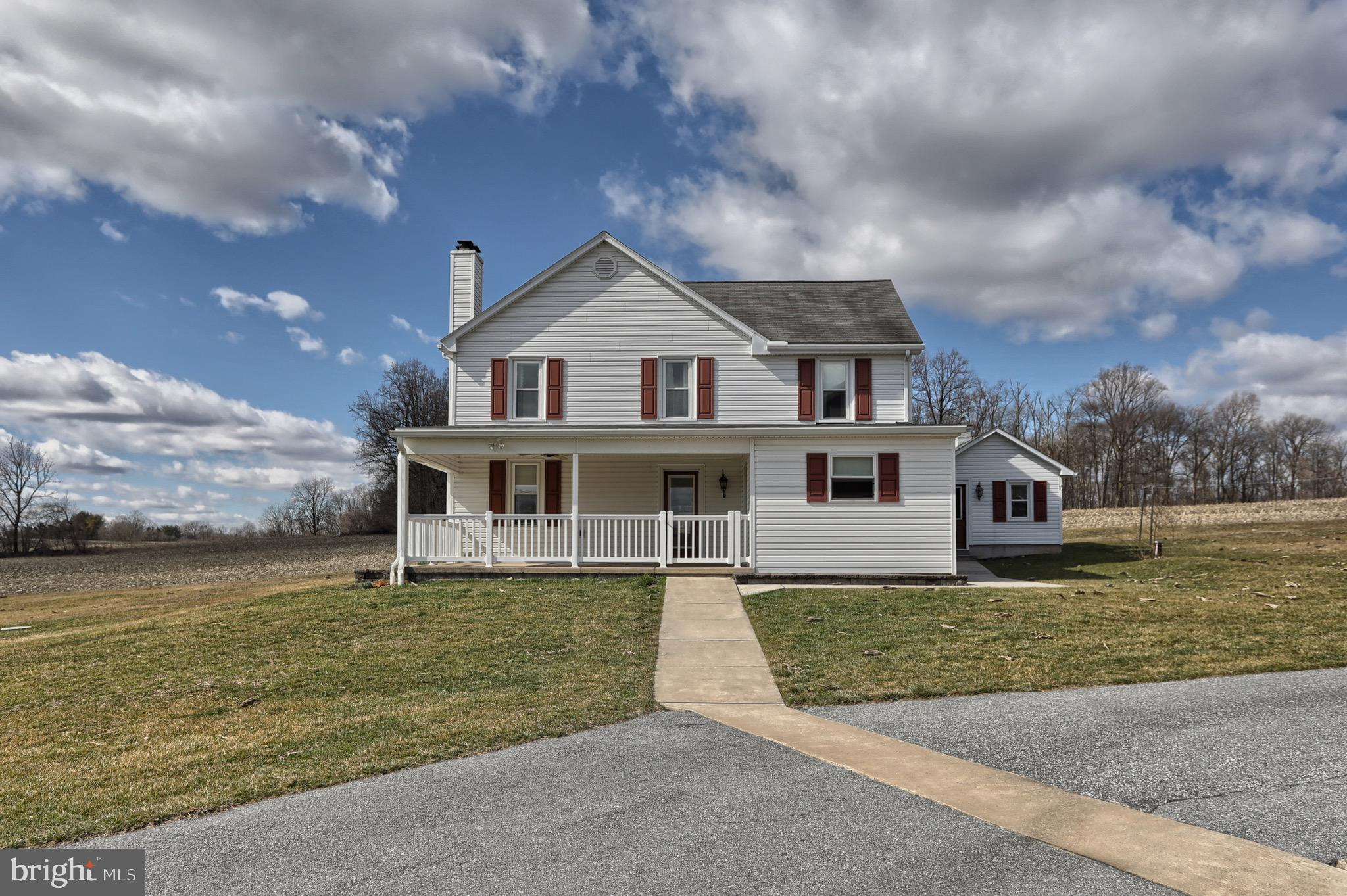 102 DEER LANE, PALMYRA, PA 17078