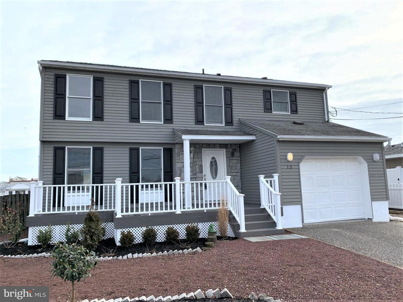 13 NEPTUNE ROAD, TOMS RIVER, NJ 08753