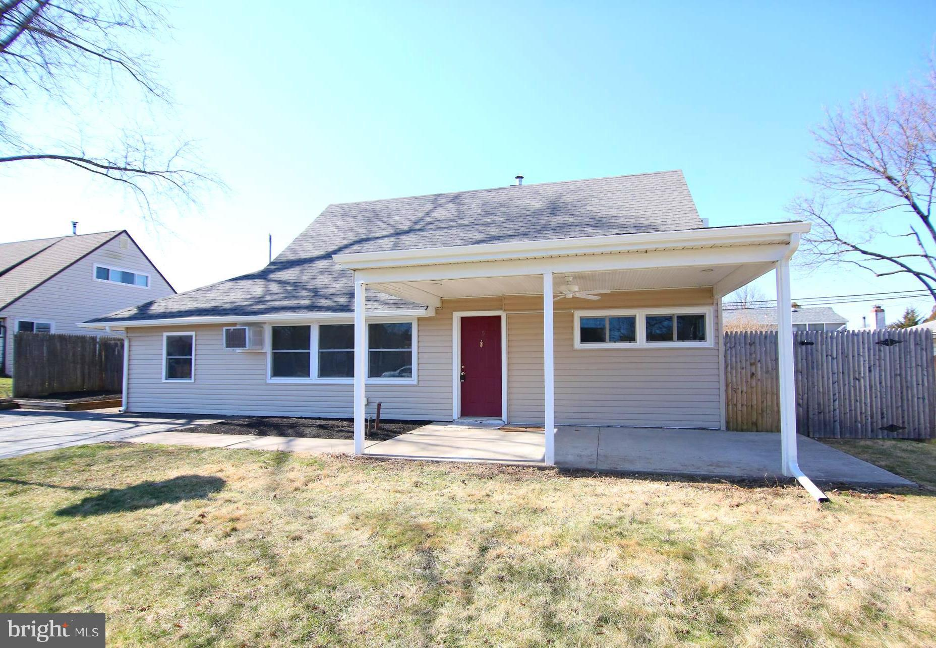 65 CANDLE ROAD, LEVITTOWN, PA 19057