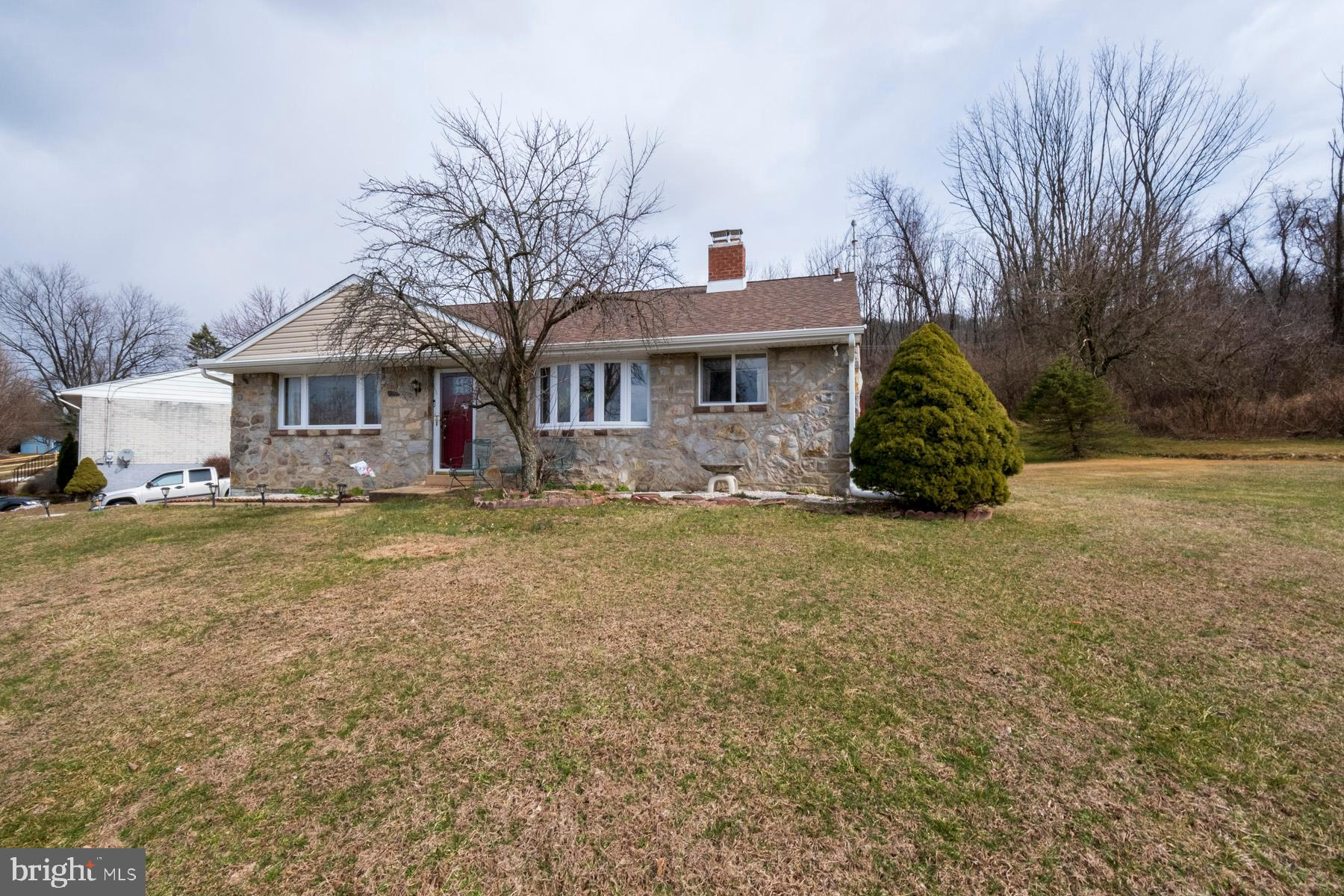 2319 ALSACE ROAD, READING, PA 19604