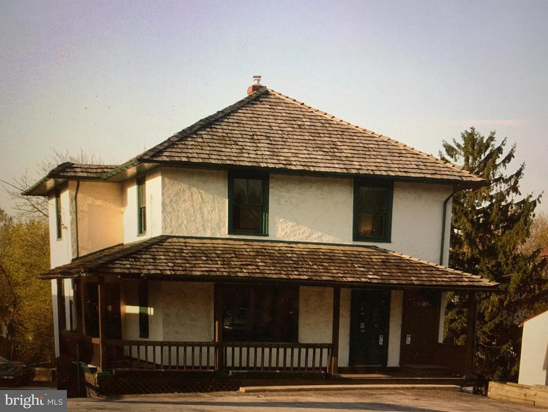 380 W Lancaster Avenue Wayne, PA 19087