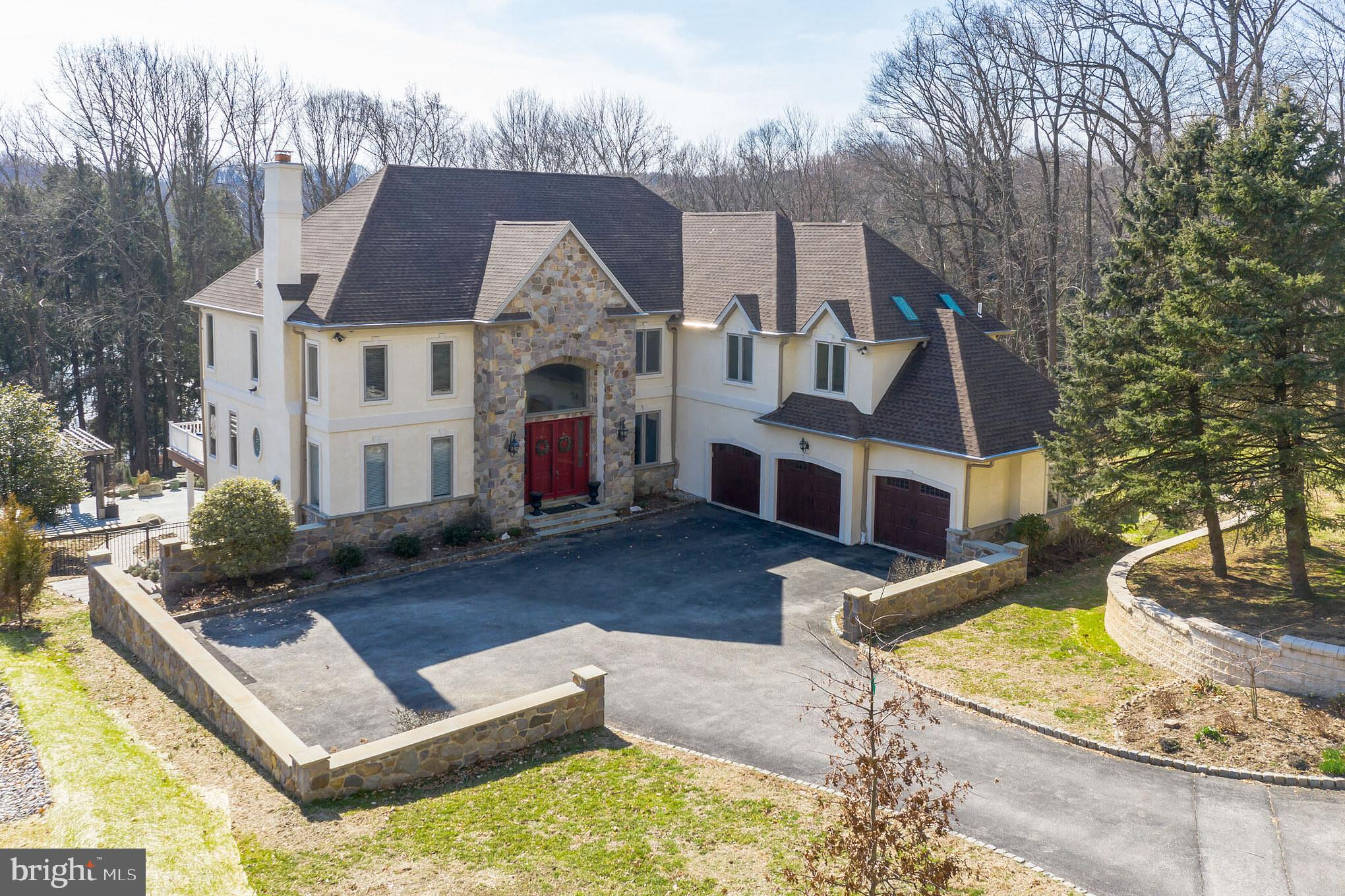 5 LLANGOLLEN LANE, NEWTOWN SQUARE, PA 19073