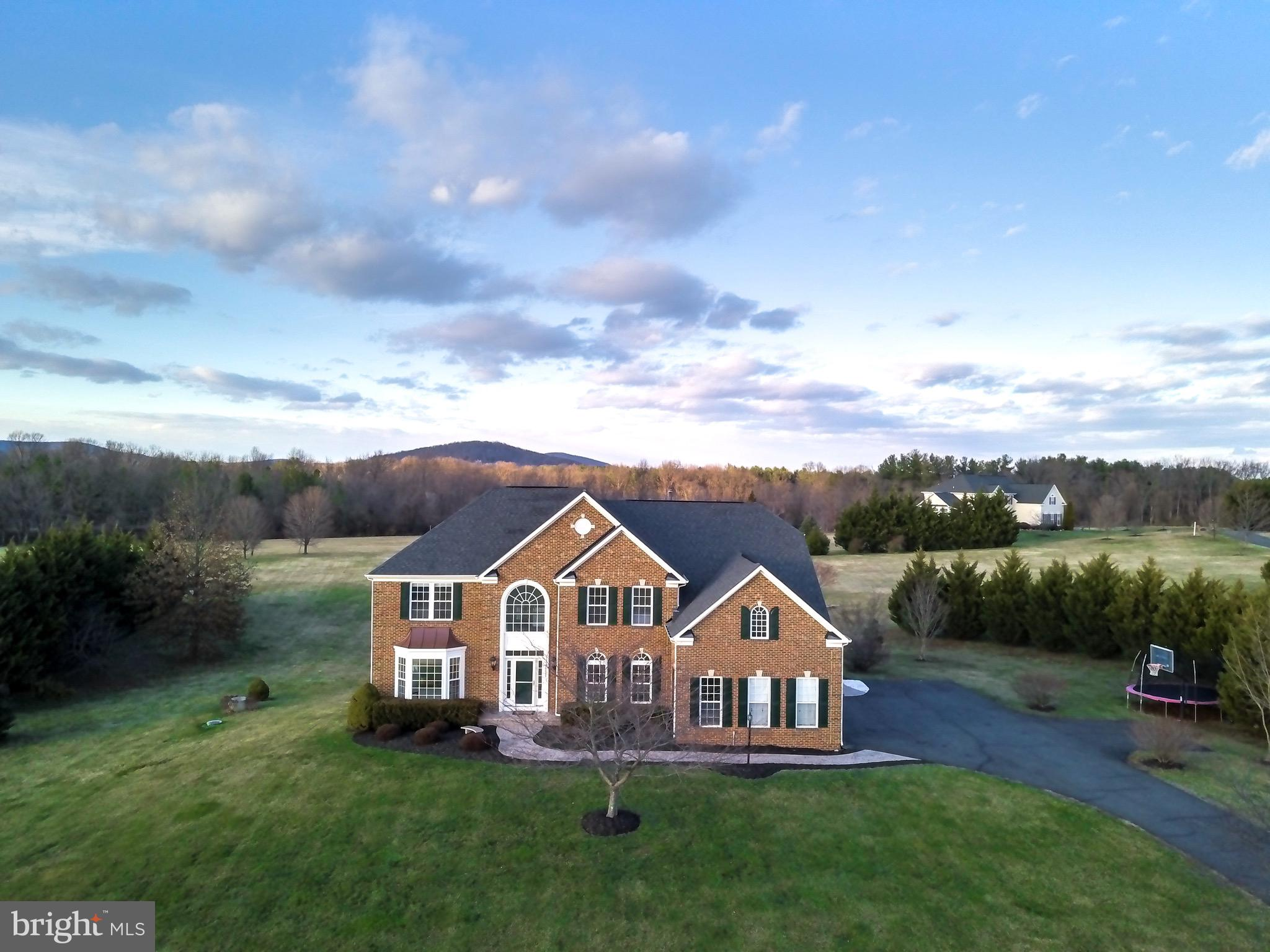 36420 Dwyer Court, Round Hill, VA 20141